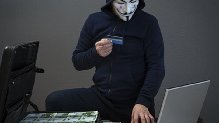 Защита без СМС-кодов: Банки в России нашли управу на хакеров