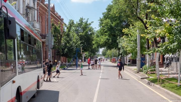 Урбанист Аркадий Гершман о пешеходных улицах Краснодара: Здесь просто негде присесть