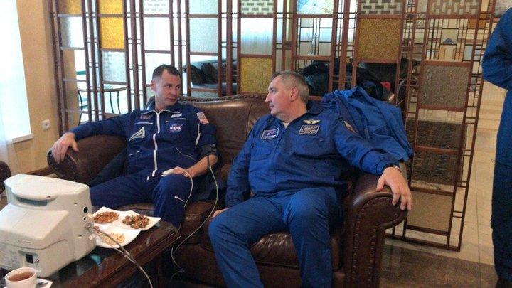 Американский астронавт вспомнил о добром жесте Рогозина