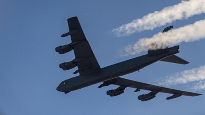 Следят за Россией, которая следит за ними: Эксперт о полётах ВВС США над Баренцевым морем