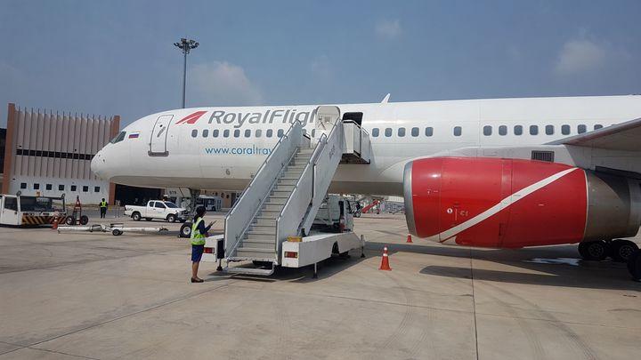 Севший в Новосибирске московский самолет вернется в Кемерово