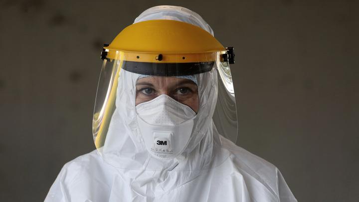 Ведущий инфекционист назвал самую оптимистичную дату завершения пандемии в России