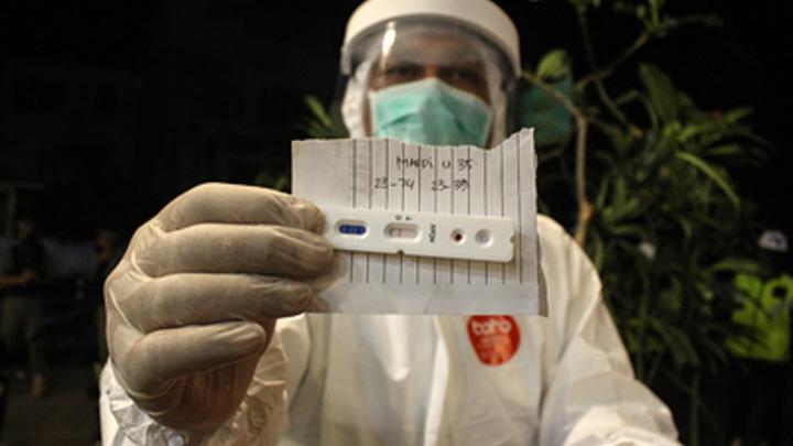 Коронавирус бьёт по врачам: В Кировской области заразилось 63 медика