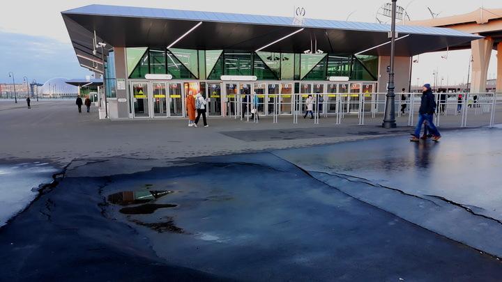 Не прошло и года. В Петербурге наконец откроют станцию метро «Зенит»