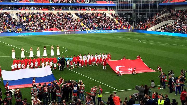 Турецкая сборная сравняла счёт в матче со сборной России
