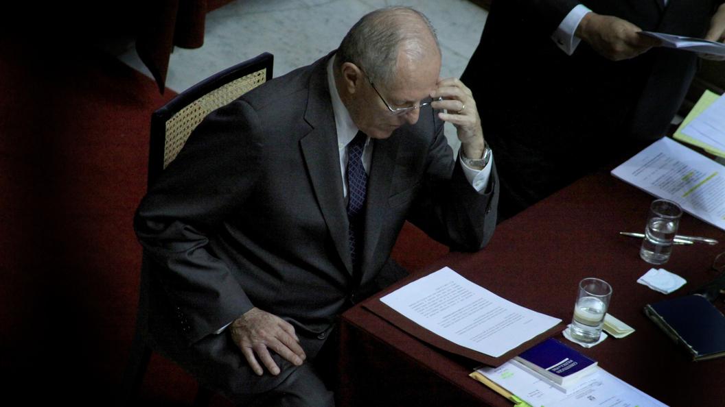 Съезд Перу принял отставку президента Пабло Кучински