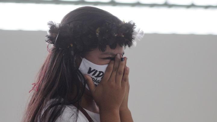 Гробы кладут друг на друга: Латинская Америка запаниковала из-за коронавируса только сейчас