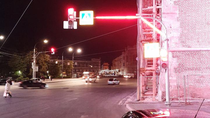 В Нижнем Новгороде появились новые светофоры со светодиодной лентой