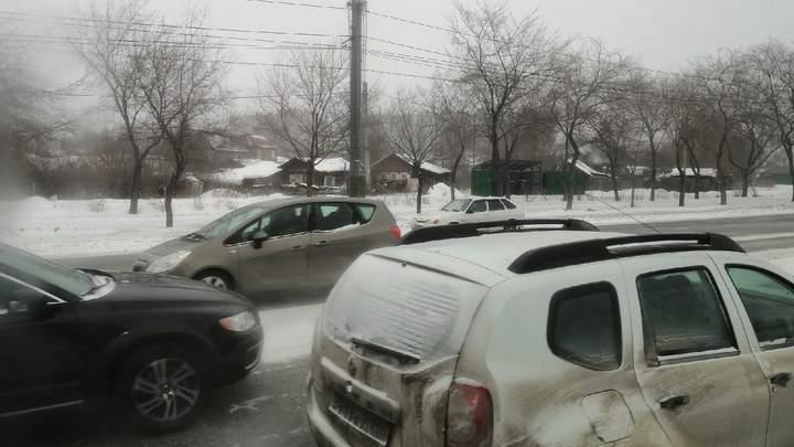 Массовая авария в Челябинской области: 9 машин столкнулись на трассе
