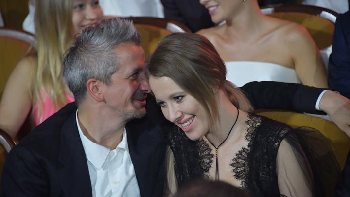 Вообще как-то грустно: Собчак прокомментировала слухи о своей беременности