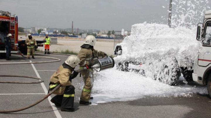 Пожар, столкновения трех машин и пострадавшие: МЧС провело масштабные учения на Крымском мосту