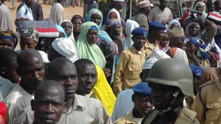 Добро пожаловать в Нигерию: Русские приготовились к провалу в экономике - опрос