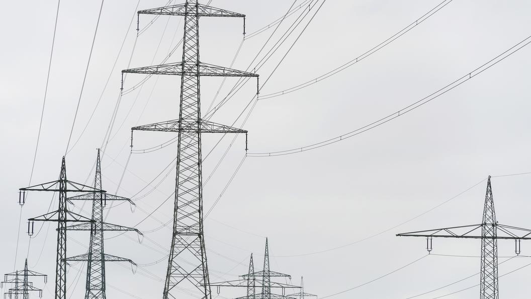 В Минэнерго назвали сроки подачи электричества в Крым