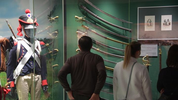 Риск всегда есть: В музеях Москвы сотрудники подцепили COVID-19