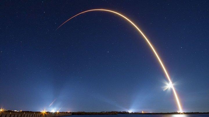 Конечно, я всё ещё люблю тебя: Ракета Илона Маска вернулась на Землю в девятый раз