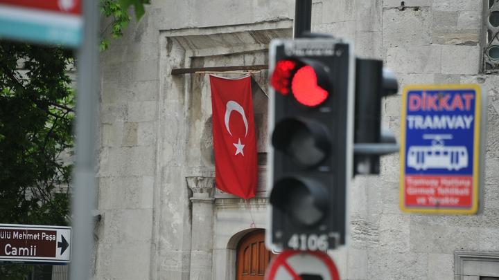 Запрет полётов в Турцию связан со встречей Зеленского и Эрдогана? В Кремле объяснили ситуацию