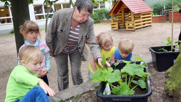 За два года в России построят свыше 720 детсадов