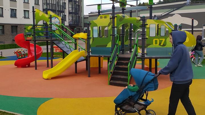 Путинские выплаты на первого ребёнка стали выше в Подмосковье