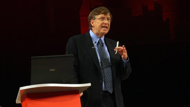 Фонду Гейтсов не нужны здоровые люди: От COVID-19 лечат неверно - доктор Шива Айадураи