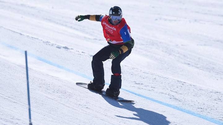 Падение и травма колена помешали сноубордисту Николаю Олюнину бороться за медали ОИ-2018