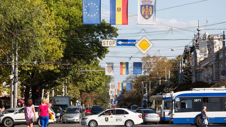 Парламент Молдавии решил, что не нуждается больше в помощи российских миротворцев