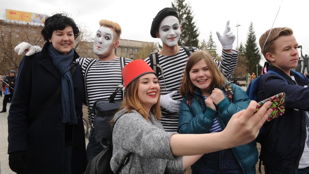 ВЦИОМ: Молодежь в России массово отказывается от алкоголя