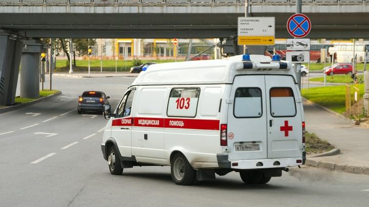 Убитый горем из-за смерти сына рэпер MiyaGi разгромил подъезд элитного дома в Москве