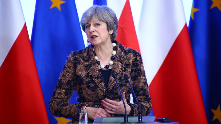 Главы Великобритании и Франции решили дружить против России