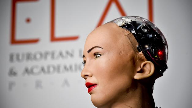 Президент Казахстана «сломал» робота, обещавшего уничтожить все человечество