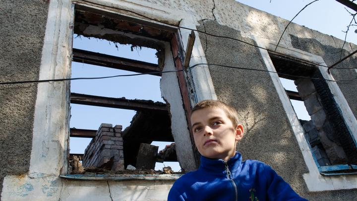 Вместо разведения сил – обстрел: ВСУ открыли огонь из пулеметов по жилому посёлку