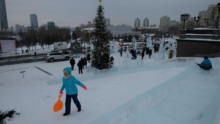 Жительница Санкт-Петербурга разбилась, катаясь на ватрушке