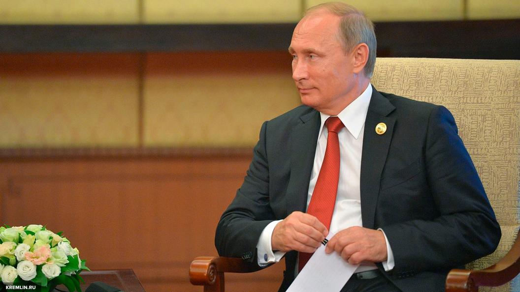 Путин потребовал ускорить создание сверхтяжелой ракеты