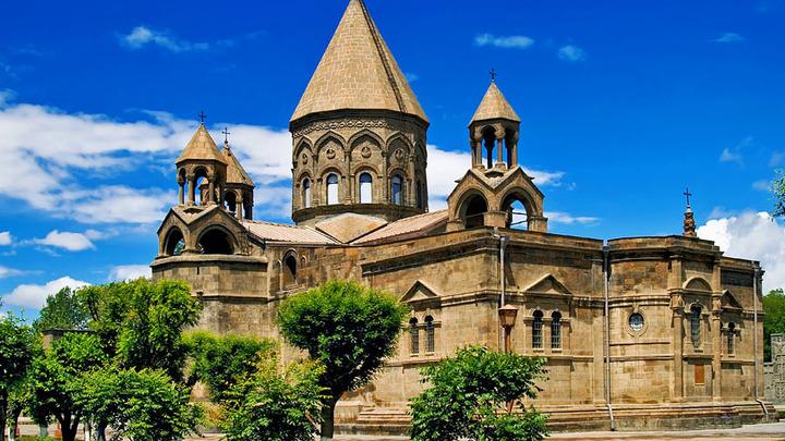 Конфликт между властями Армении и Армянской апостольской церковью усиливается