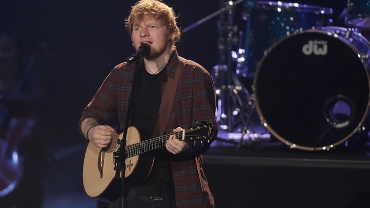 Автор вирусных хитов Эд Ширан получил мировое признание на Brit Awards