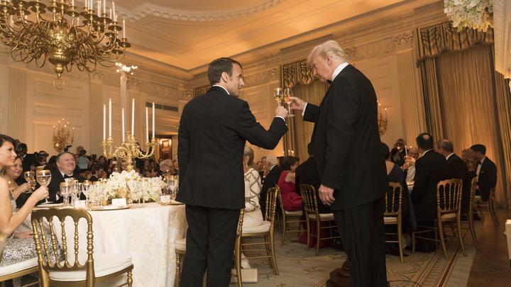 Свадьба президентов США и Франции все-таки состоялась: В Сети жестко высмеяли Трампа и Макрона
