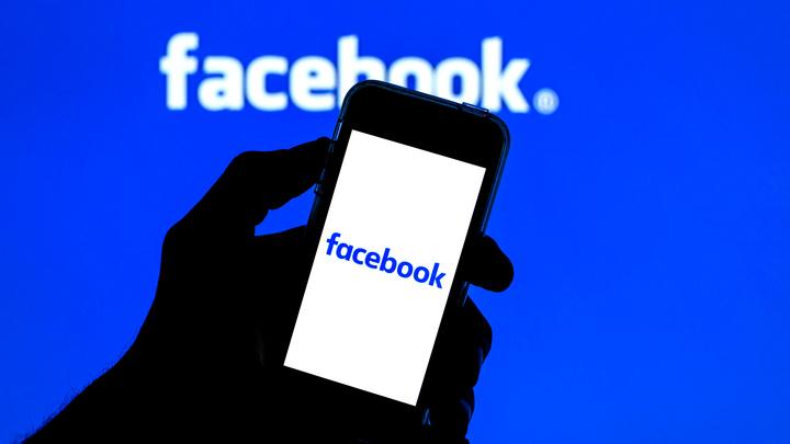 Google, Twitter, Facebook и WhatsApp могут привлечь к ответственности. РКН дал время до конца мая