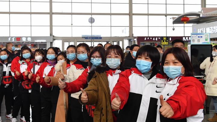 Голь на выдумки хитра: Китайцы борются с коронавирусом... пластиковыми бутылками