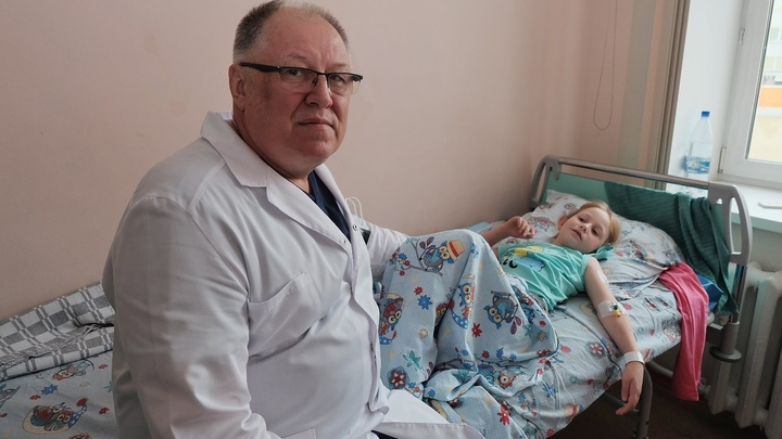 В Челябинске врачи удалили девочке второй желудок
