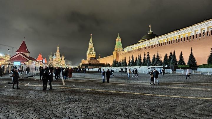 Шендерович назвал условия возвращения России к цивилизации: Минус Крым и плюс разруха