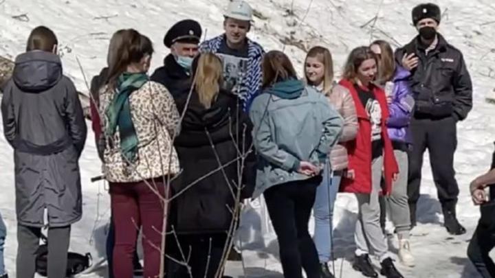 В Новосибирске полиция задержала молодых людей при посвящении в студенты НГУ