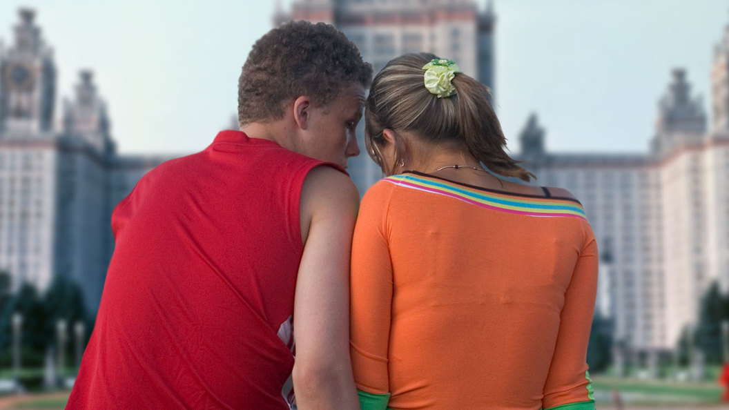 Основной вопрос русской демографии: Учиться и/или жениться?