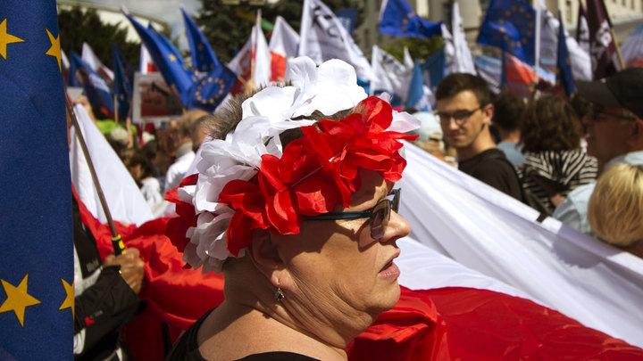 Польша и ЕС засудят друг друга
