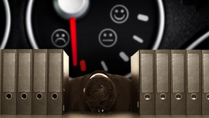 Трудоголизм опасен для жизни: Почему не стоит долго задерживаться на работе