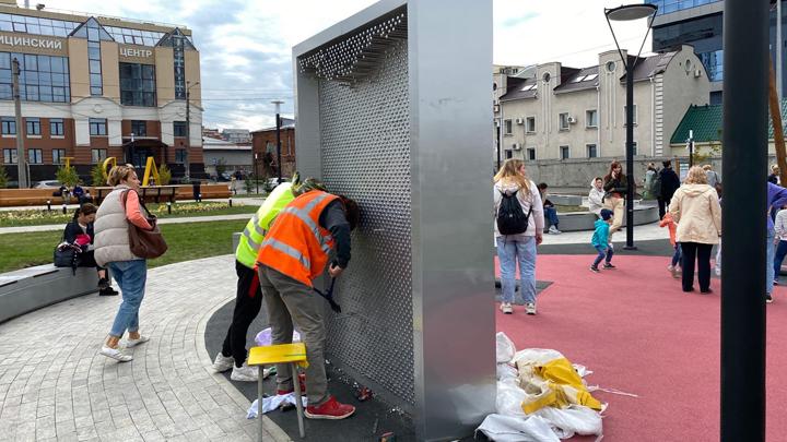 В Челябинске аттракционы на новой набережной уже ремонтируют