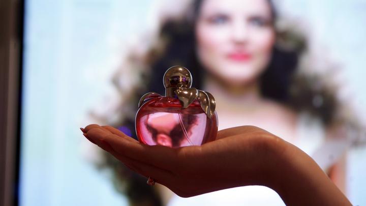 И лучше через интернет: В Роспотребнадзоре подсказали, как отличить продавцов фальшивого парфюма