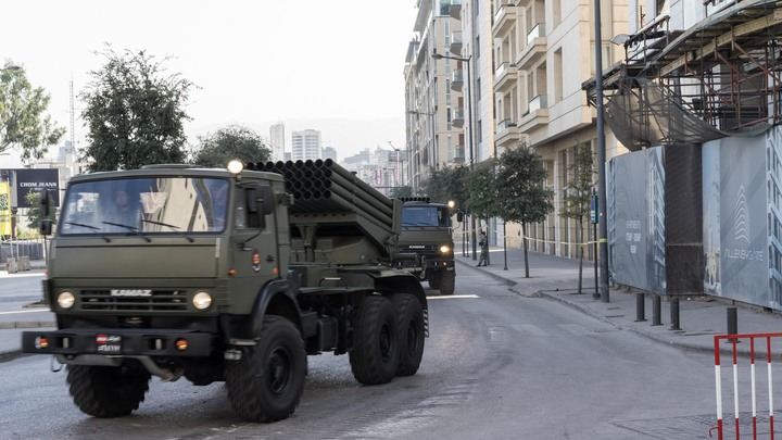 На границе Сирии и Ливана террористы начали сдаваться