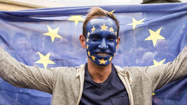 Евросоюз разрывают противоречия из-за попыток Албании и Македонии стать «европейцами»