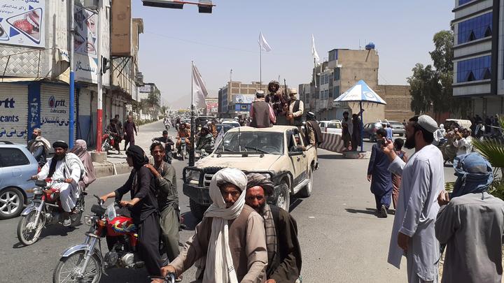 Талибы* заставили афганские войска бежать в сторону границы с Узбекистаном