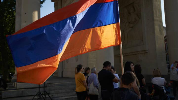 Самый большой флаг Армении водрузят на границе с Азербайджаном