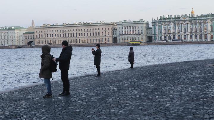 Ощущается как +4: в Петербурге пасмурно и прохладно